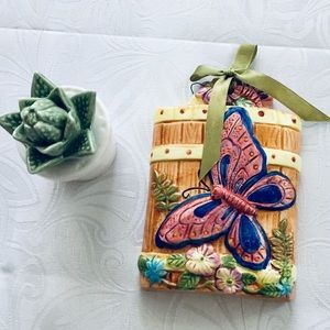 Vintage Accents - Vtg. Butterfly wall decor